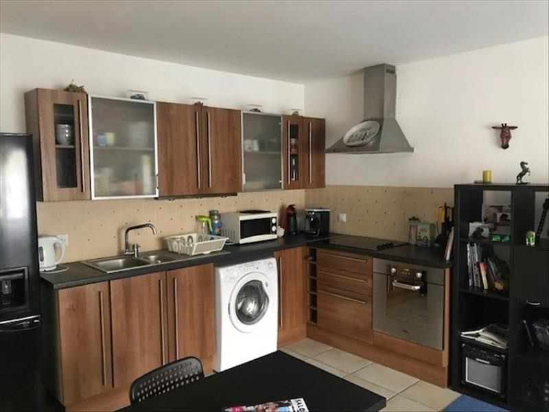 Investment property apartment Salon de provence 126000€ - Picture 1