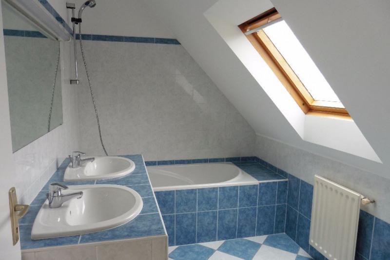 Location maison / villa Ploneour lanvern 707€ CC - Photo 8