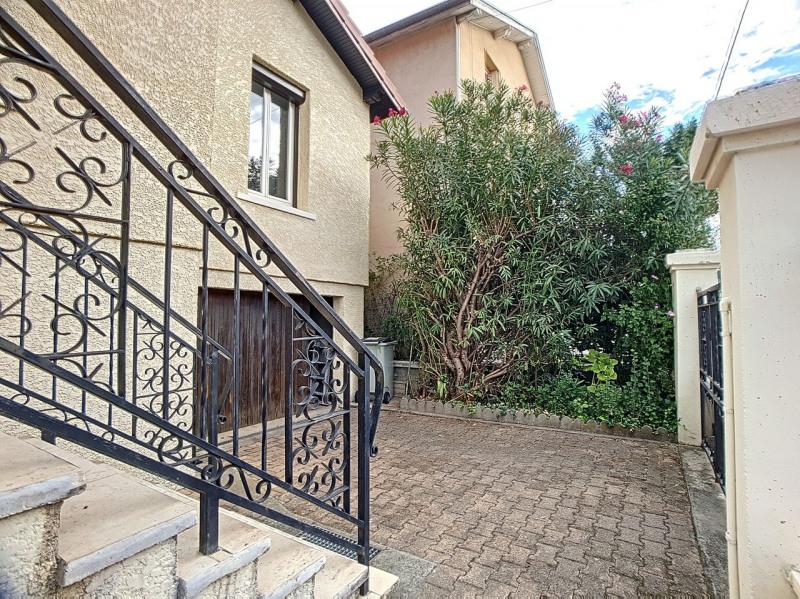 Investment property house / villa Saint-martin-d'hères 325000€ - Picture 1