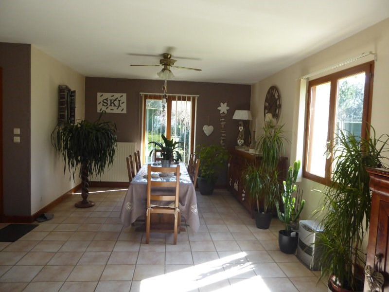 Sale house / villa Terrasson lavilledieu 240 750€ - Picture 6