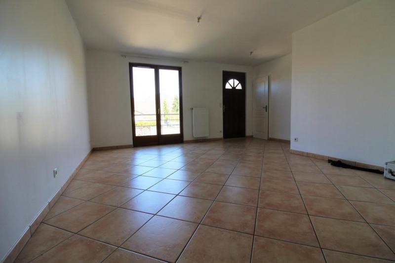 Locação apartamento Chirens 545€ CC - Fotografia 3