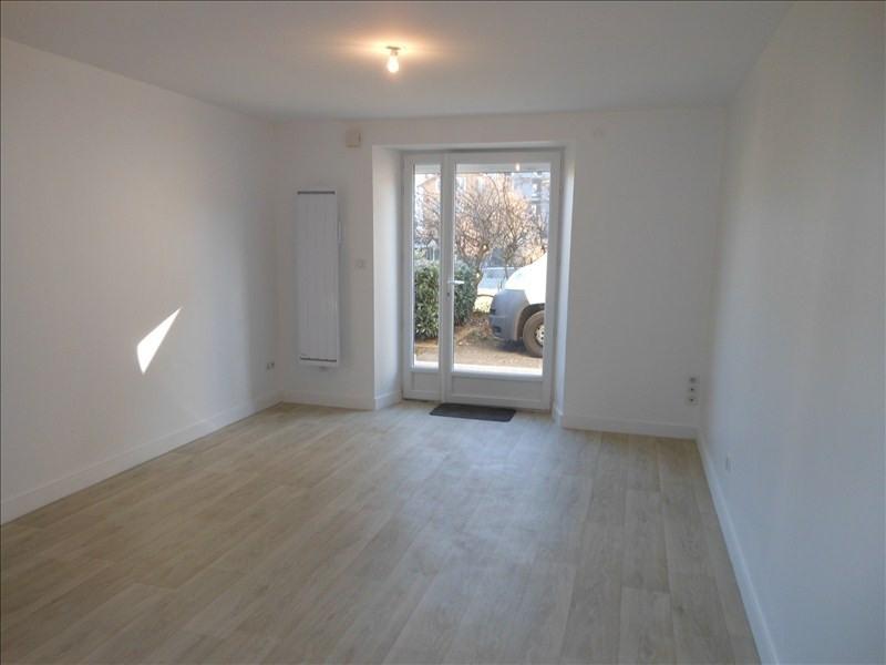 Location appartement Le puy en velay 401,79€ CC - Photo 1