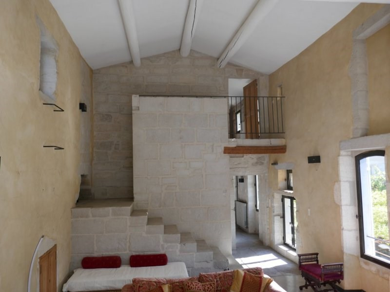 Location maison / villa Barbentane 1 800€ CC - Photo 3