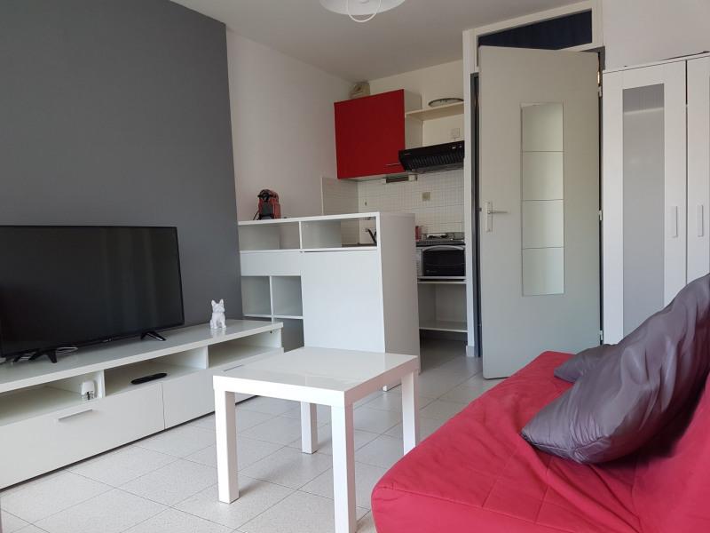 Location vacances appartement Le grau du roi 310€ - Photo 6