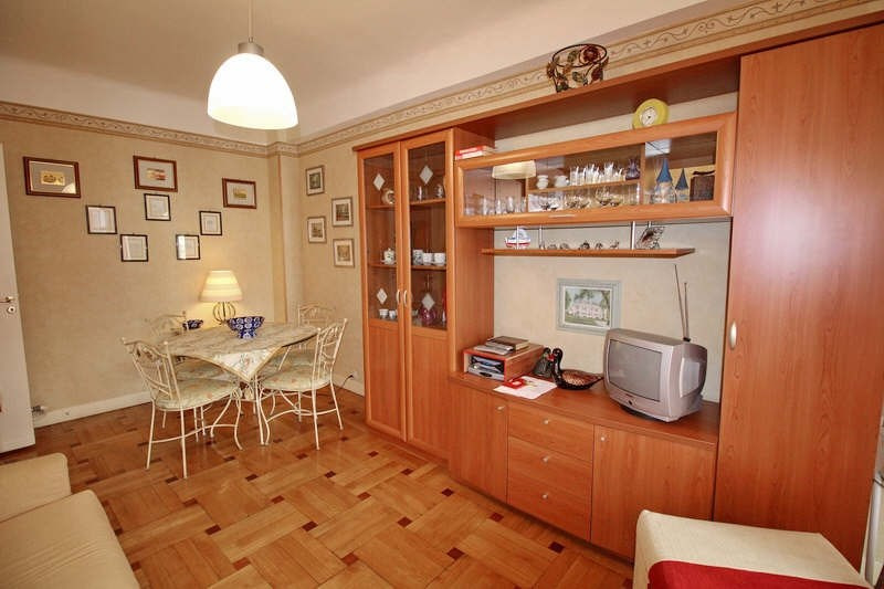 Rental apartment Nice 750€ CC - Picture 3