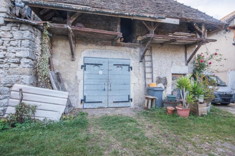 Vente maison / villa Ceyzerieu 249100€ - Photo 10