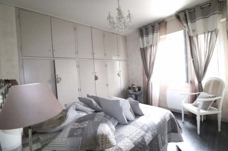 Sale apartment Toulon 460000€ - Picture 4
