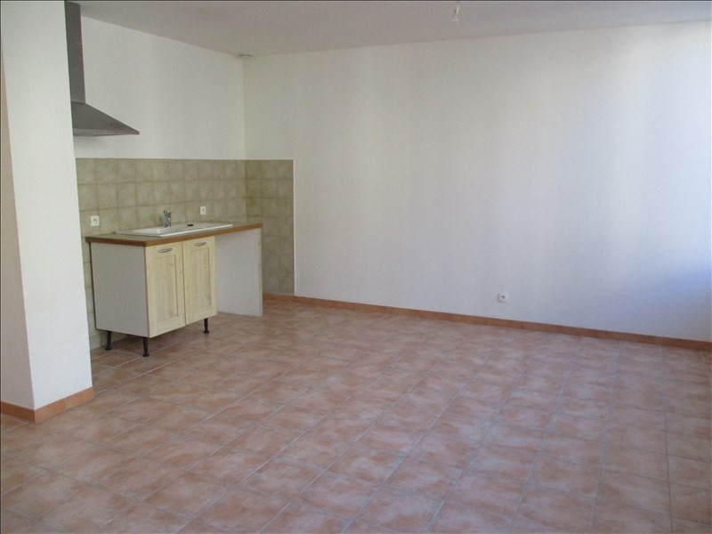 Location appartement Salon de provence 615€ CC - Photo 2