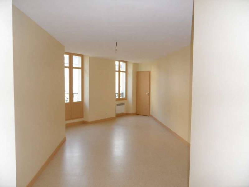 Investment property building Laval 1707750€ - Picture 3