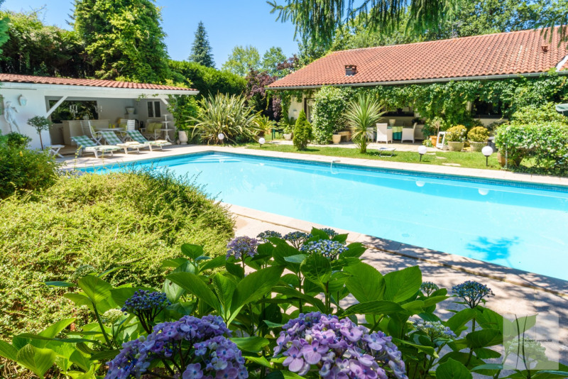 Sale house / villa Saint-jean-de-luz 1 100 000€ - Picture 1