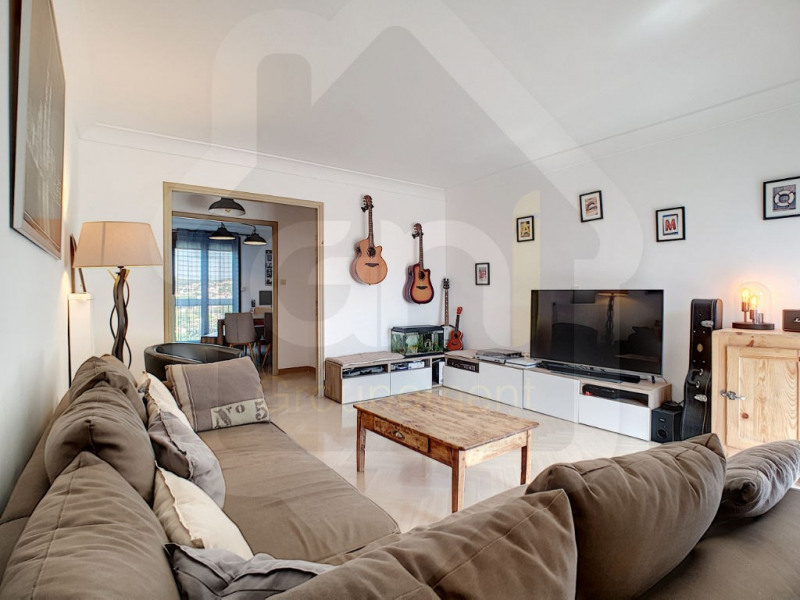 Sale apartment Marseille 184 000€ - Picture 1
