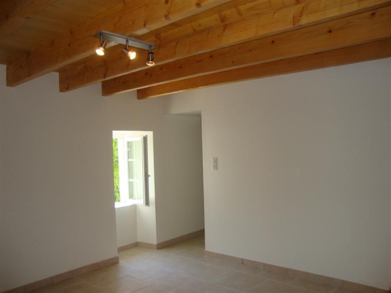 Vente maison / villa Saint jean d'angély 127800€ - Photo 6