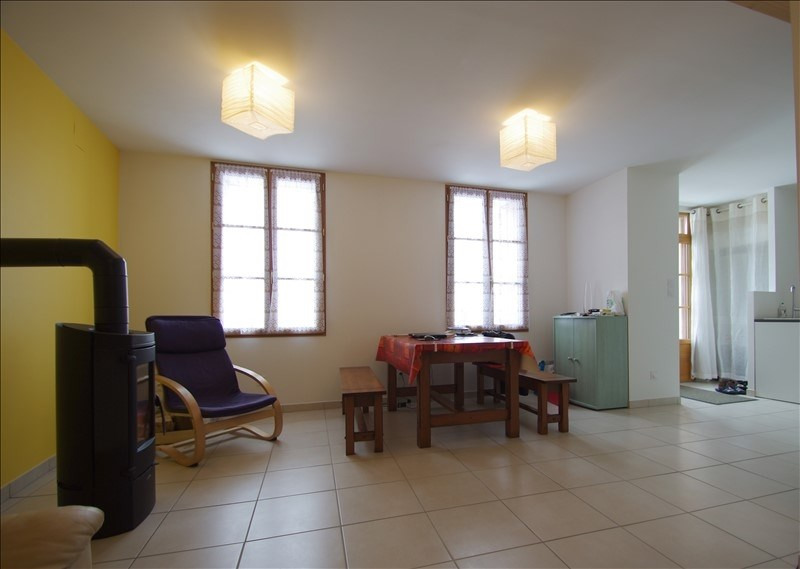 Sale house / villa Surgeres 143 300€ - Picture 4