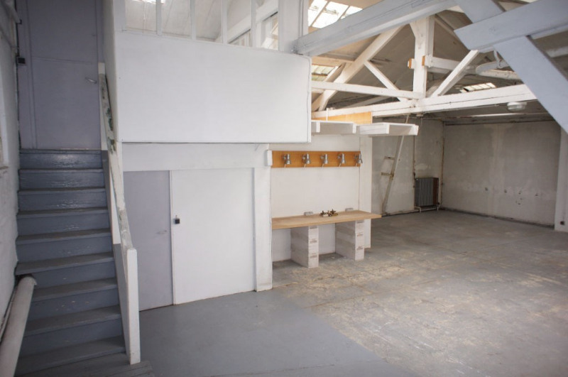 Location local commercial Clamart 1248€ HC - Photo 8