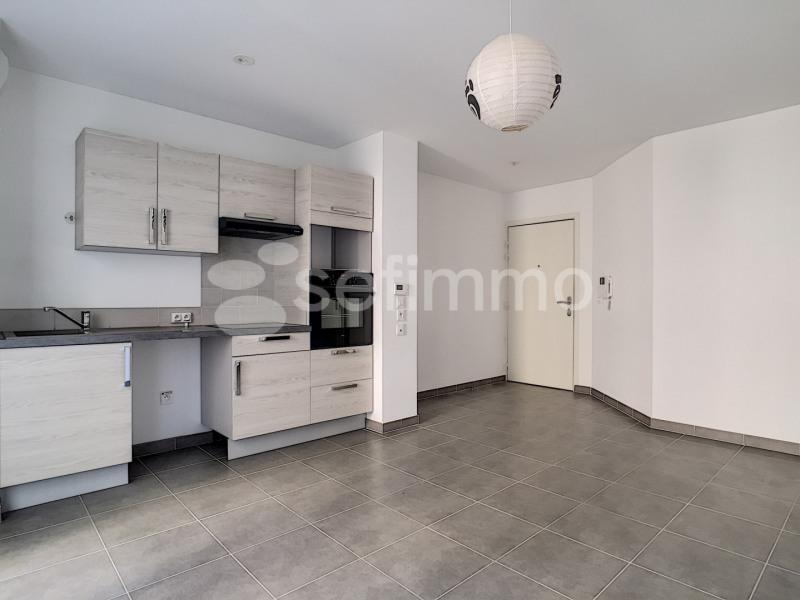 Rental apartment Marseille 5ème 750€ CC - Picture 3