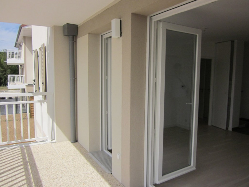Verhuren  appartement Villennes sur seine 830€ CC - Foto 2