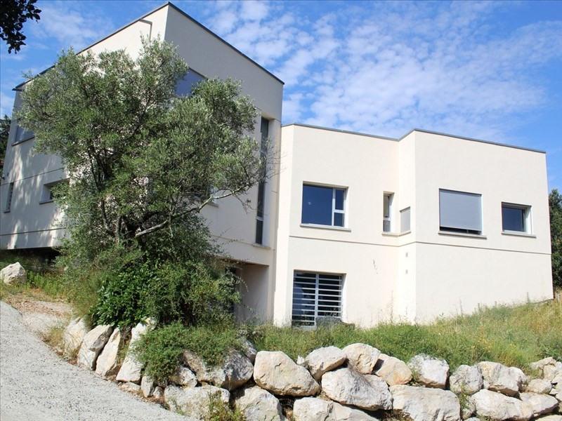 MAISON VILLENEUVE LES AVIGNON - 8 pièce(s) - 340 m2