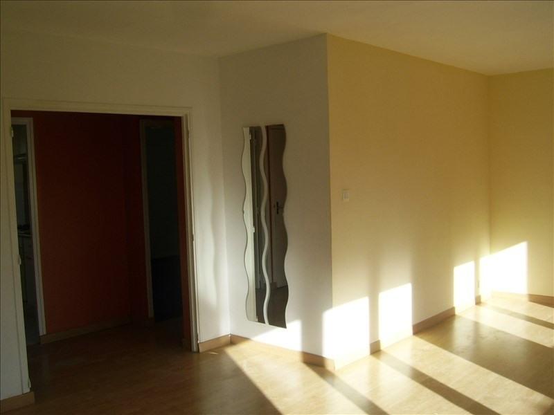 Affitto appartamento Nimes gare 500€ CC - Fotografia 2