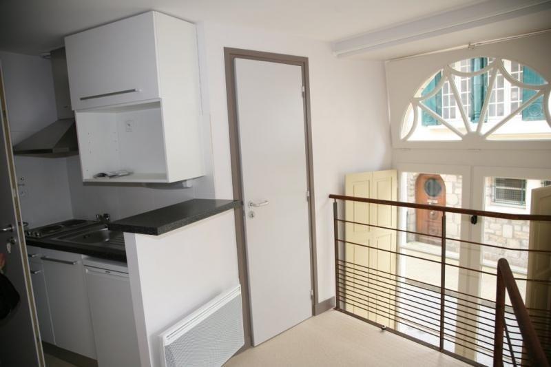 Location appartement Vannes 350€ CC - Photo 1