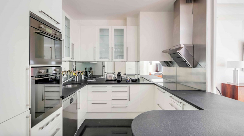 Rental apartment Neuilly-sur-seine 5900€ CC - Picture 6