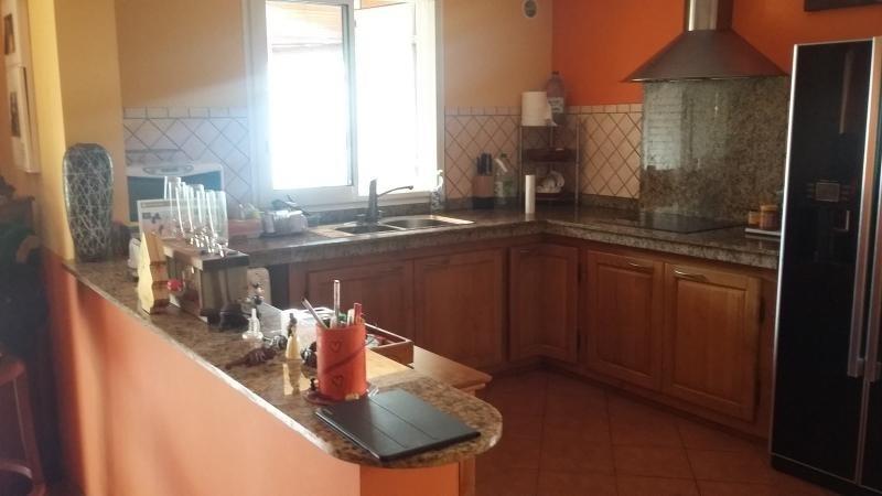 Sale house / villa Le guillaume 306000€ - Picture 4