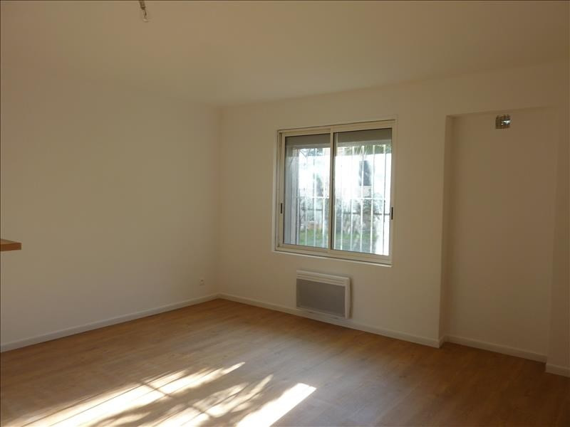 Location appartement Marseille 8ème 540€ CC - Photo 5