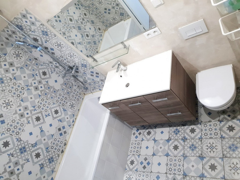 Location appartement Marseille 5ème 640€ CC - Photo 5