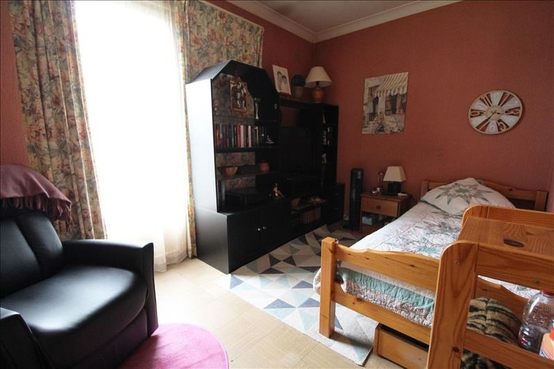 Vente maison / villa Maurepas 299500€ - Photo 5