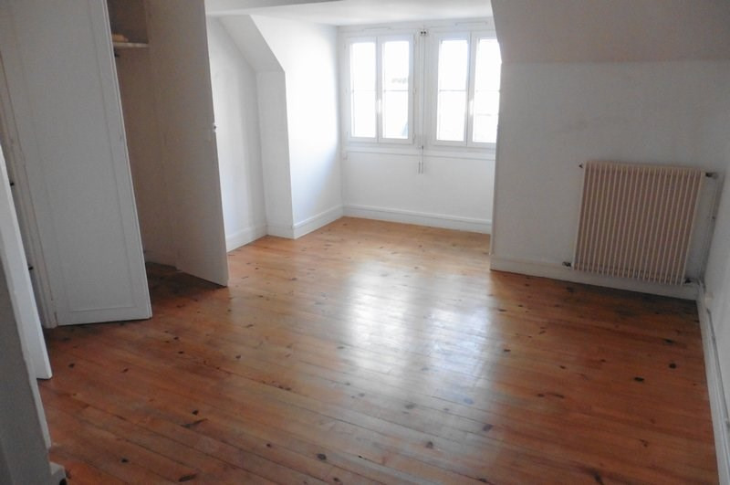 Location appartement Coutances 358€ CC - Photo 1