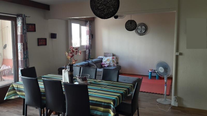 Sale apartment Le port 114450€ - Picture 3