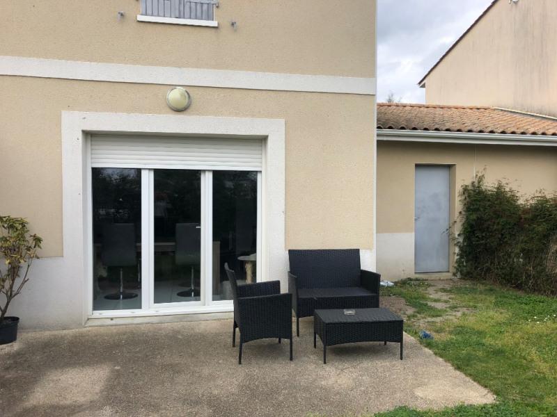 Location maison / villa Parempuyre 770€ CC - Photo 1