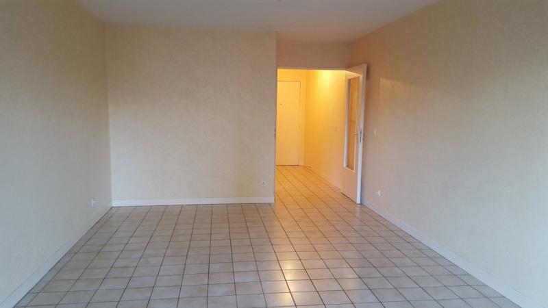 Appartement 2 pièces métro Grange Blanche avec garage