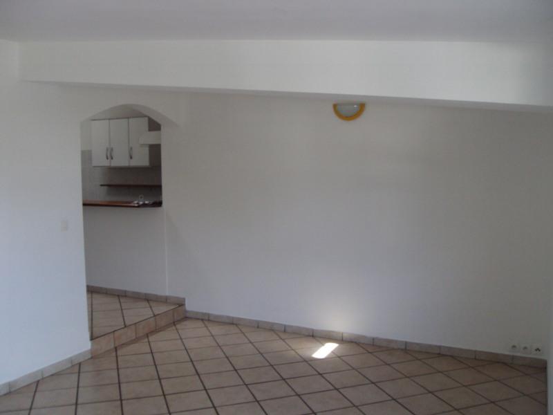 Rental apartment Ravine des cabris 520€ +CH - Picture 3