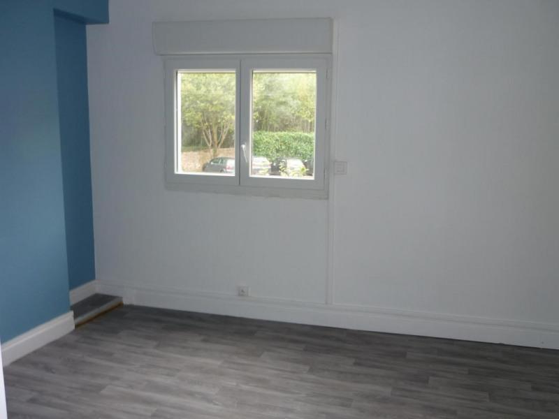 Location appartement Lisieux 405€ CC - Photo 3