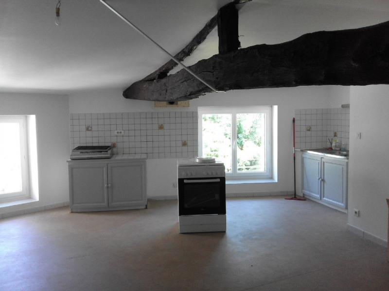 Rental apartment Barbezieux-saint-hilaire 378€ CC - Picture 2