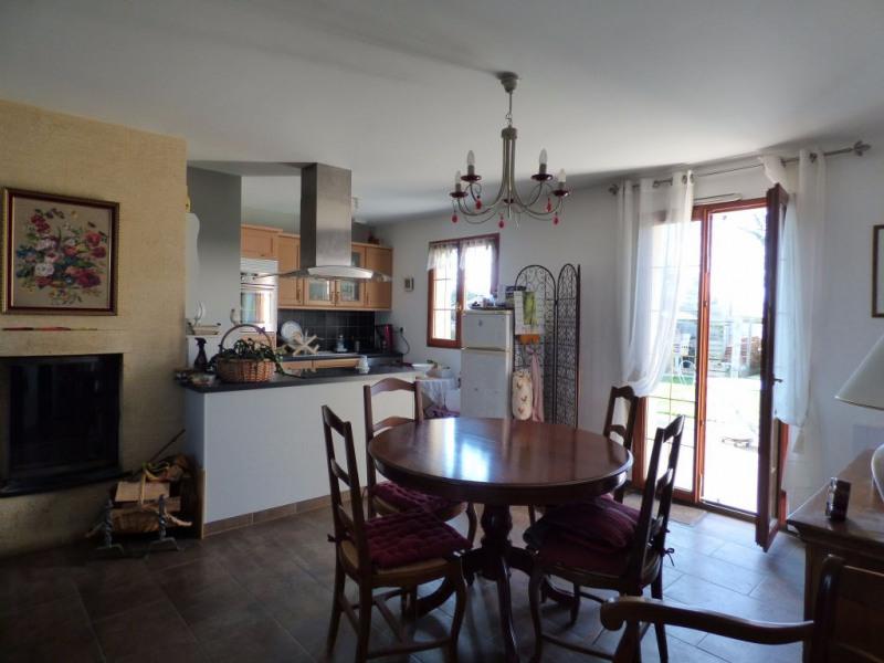 Sale house / villa Les andelys 212000€ - Picture 4