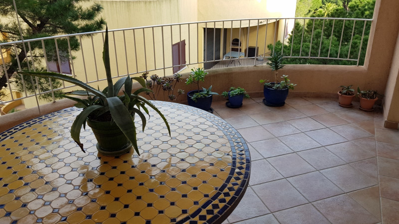 Location appartement Cavalaire-sur-mer 851€ CC - Photo 2