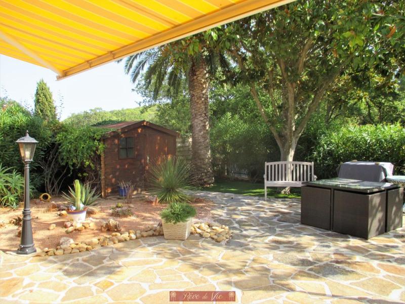 Sale house / villa Bormes les mimosas 549900€ - Picture 2
