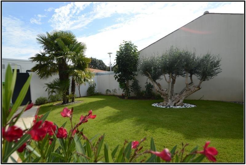 Sale house / villa Dompierre sur mer 550000€ - Picture 5