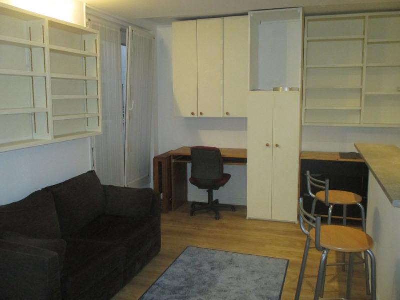 Rental apartment Paris 14ème 995€ CC - Picture 2