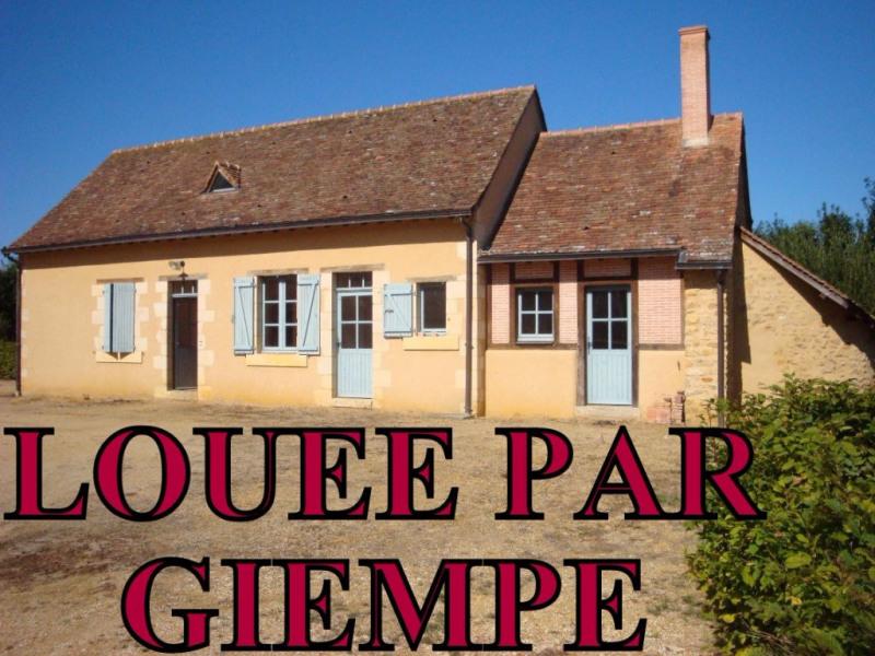 Rental house / villa Bauge en anjou 780€ CC - Picture 1