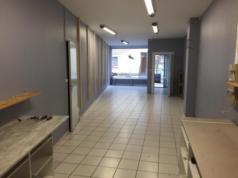 Location local commercial Carvin 390€ HT/HC - Photo 3