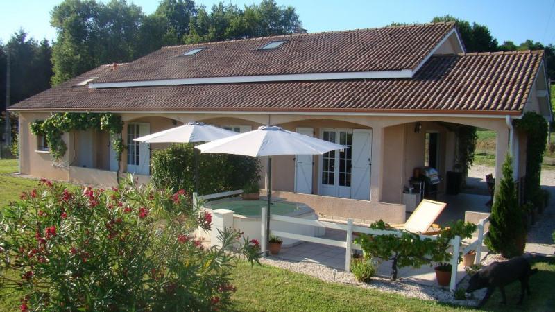 Sale house / villa Riscle 220000€ - Picture 1