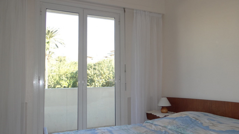 Location vacances appartement Cavalaire sur mer 700€ - Photo 9