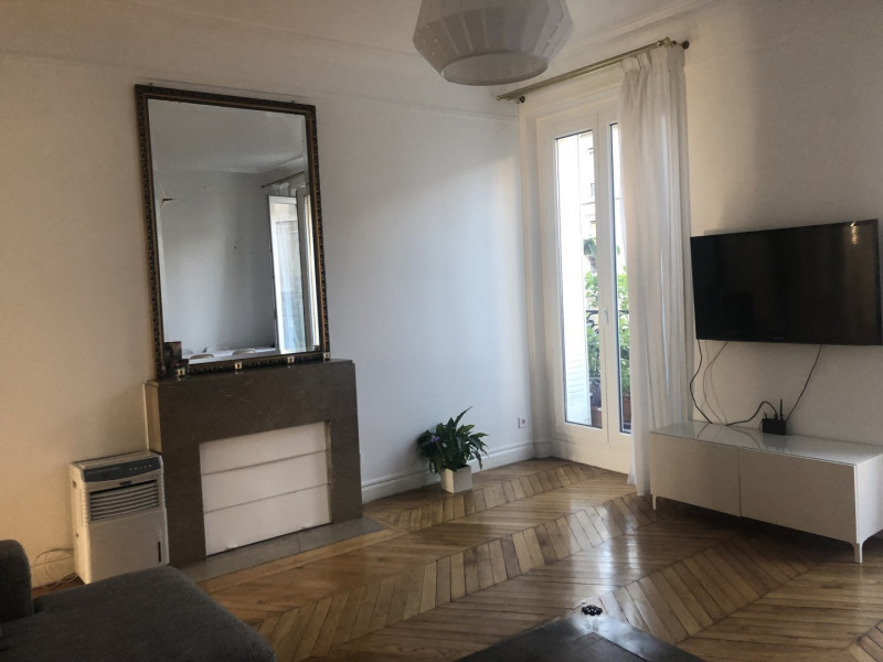 Sale apartment Paris 10ème 865 000€ - Picture 2