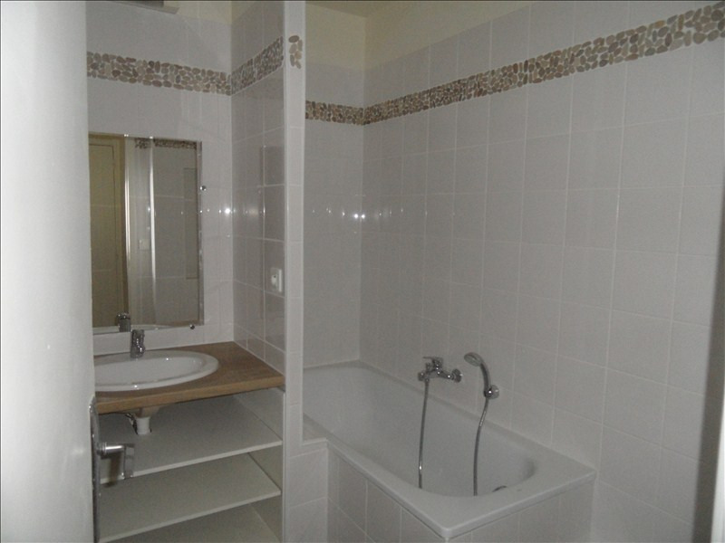 Rental apartment Marly le roi 1165€ CC - Picture 3