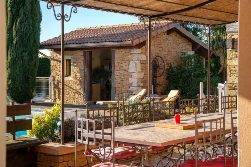 Deluxe sale house / villa Saint-georges-d'espéranche 890000€ - Picture 2