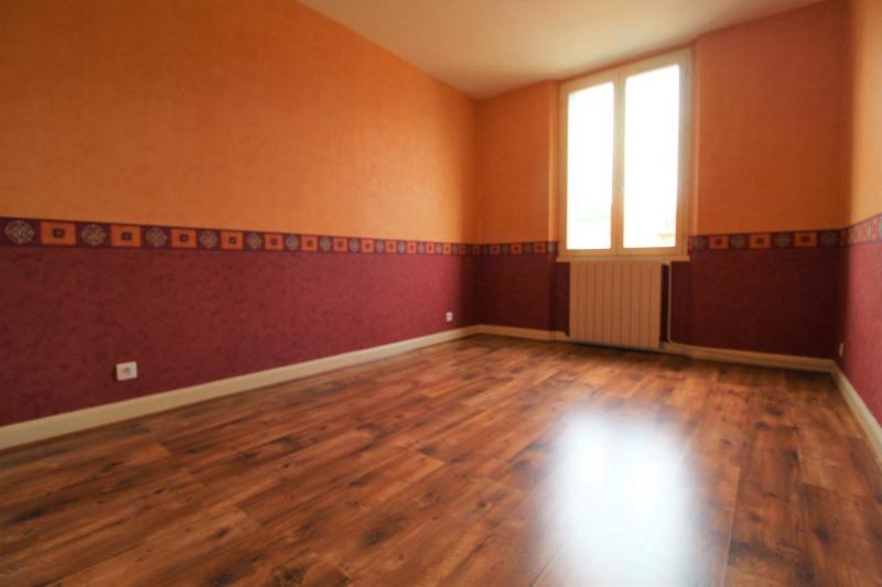 Verhuren  appartement Voiron 507€ CC - Foto 3