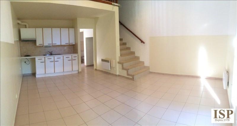 Location appartement Les milles 762€ CC - Photo 1