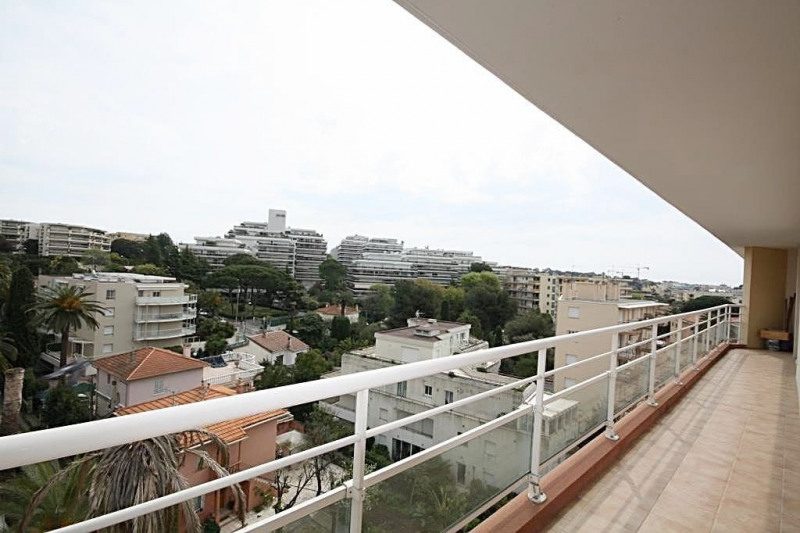 Rental apartment Juan-les-pins 1 200€ CC - Picture 2